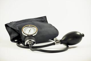 3 ways to create an attractive compensation package for healthcare professionals